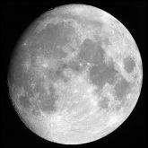 800px-Moon_merged_small